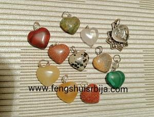 srca od raznih kristala