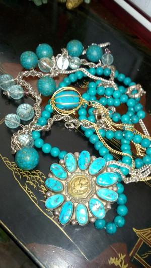 Kada vam puknu kristali, raspadne se nakit ili ga izgubite