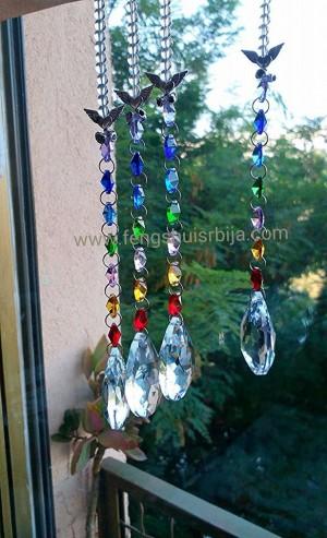 Kristalne faset kugle su simboli za ljubav i za novac