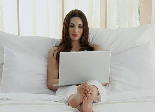 Izbacite kompjutere i TV iz spavaće sobe